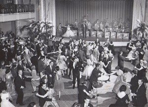 """Glenn Miller Orchestra performing """"In the Mood"""" as discussed in Memory of a Miner"""